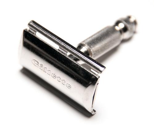 Tradycyjne golenie maszynka na żyletki